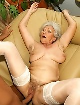 Really old granny gets fucked!
