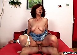 His mother in law gives him a blowjob and takes a seat on his cock to get off with him